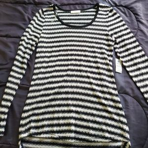 NWT women small black/white striped top
